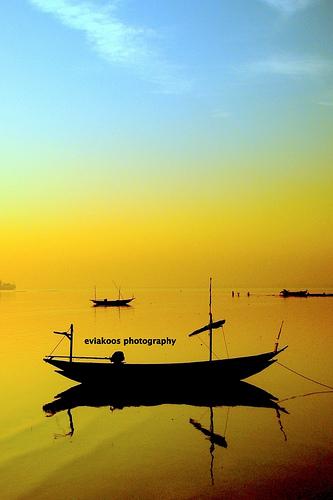 Biduk membisu - Pantai Kenjeran, Surabaya