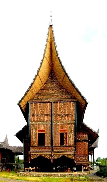 Istana Pagaruyuang